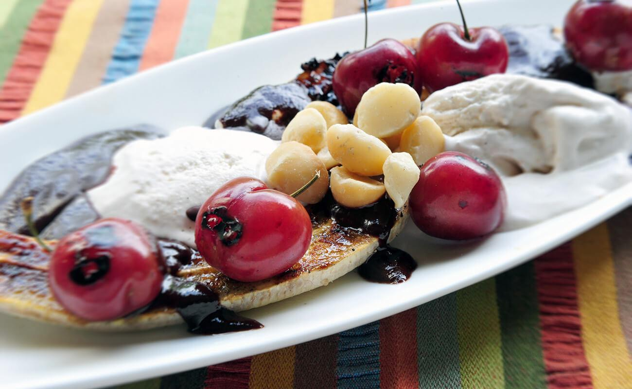 Image of Grilled Banana Split Sundaes with Cinnamon Spice Ice Cream