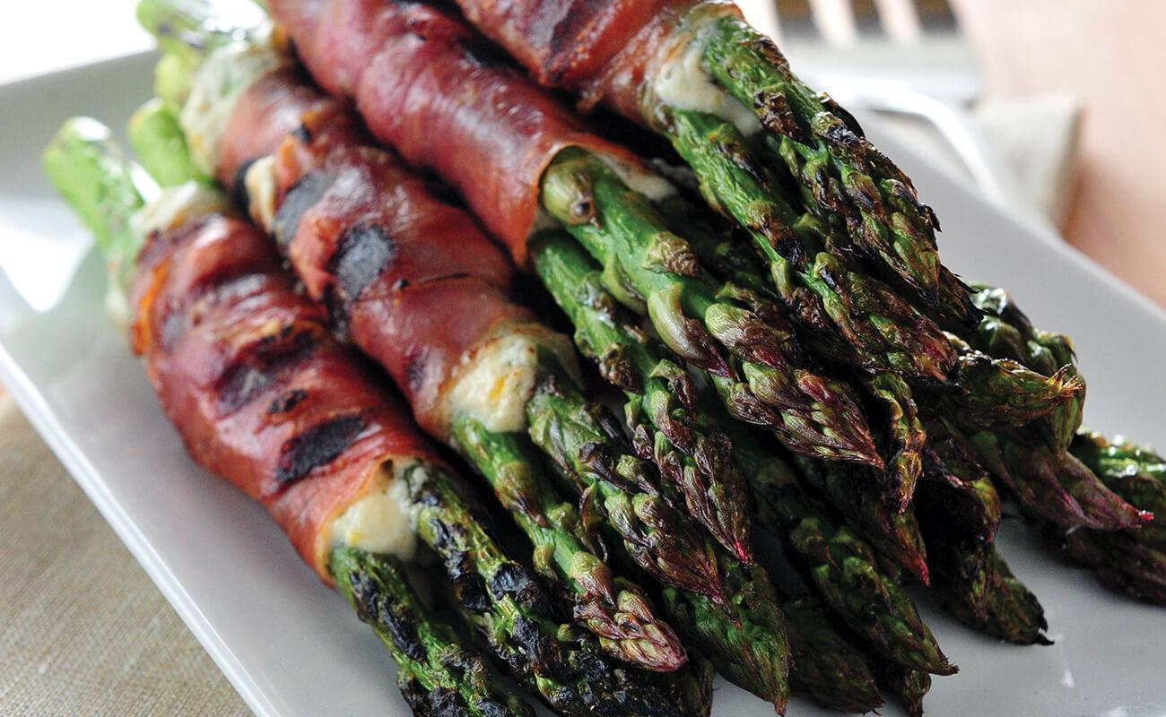 Image of Asparagus Wraps with Crispy Prosciutto and Herbed Cheese